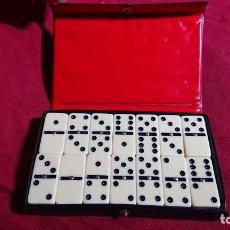 Juegos de mesa: DOMINO DOMINOES DOUBLE SIX COMPLETO EN CAJA. Lote 191349103