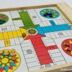 Juegos de mesa: ANTIGUO PARCHÍS, AJEDREZ, DAMAS COMPLETO CON TODAS LAS FICHAS Y DADO DE MADERA.LITOGRAFÍA EN CARTÓN. Lote 257735115