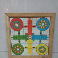Juegos de mesa: ANTIGUO PARCHÍS Y REVERSO OCA. LITOGRAFÍA EN CARTÓN. ENMARCADO EN MARCO DE MADERA, AÑOS 1960,S. Lote 192226852