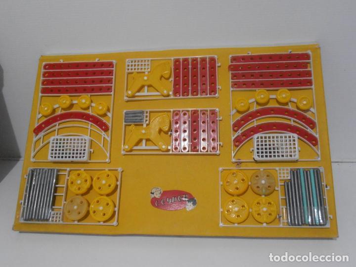 Juegos de mesa: JUEGO DE CONSTRUCCIONES, CADAKO, SUPER BOX CON INSTRUCCIONES, GEYPER, FABRICADO EN ESPAÑA - Foto 2 - 192521448