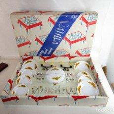 Juegos de mesa: VAJILLA ANTIGUA PLASTICAS SANTA ELENA 2 X1 MENAJE COCINA GRUPO BROTONS IBI ALICANTE. Lote 193035207