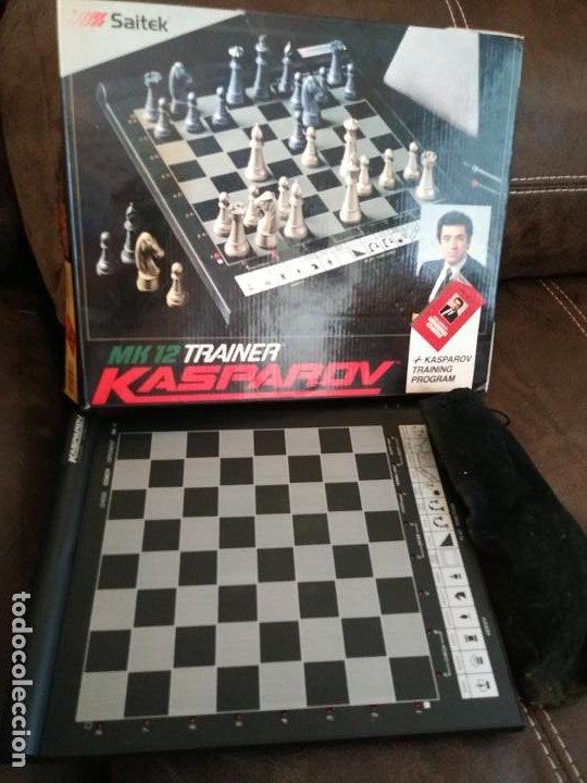 SAITEK KASPAROV MK12 TRAINER JUEGO DE AJEDREZ AJEDREZ ELECTRÓNICO VINTAGE FUNCIONANDO (Juguetes - Juegos - Juegos de Mesa)