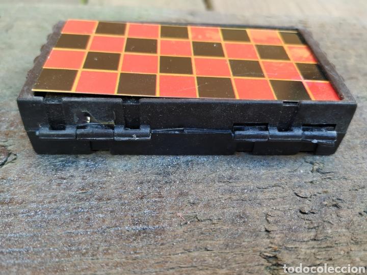 Juegos de mesa: Antigua juego de damas portátil de yogures yoplait - Foto 5 - 193910030
