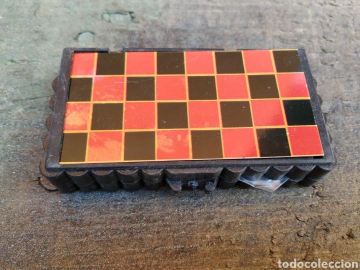 Juegos de mesa: Antigua juego de damas portátil de yogures yoplait - Foto 4 - 193910030