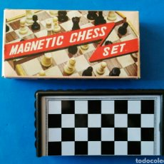 Juegos de mesa: AJEDREZ MAGNETICO PARA VIAJE. ENVIO INCLUIDO.. Lote 194209798
