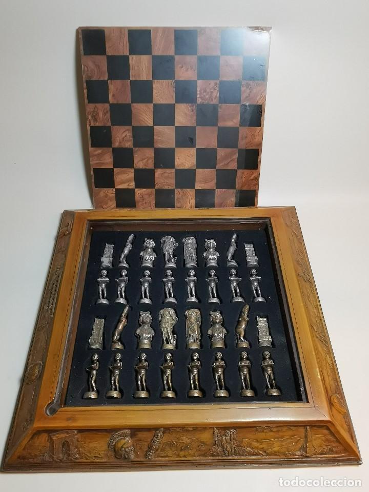 Juegos de mesa: Caja tablero de ajedrez. de Tarraco...Diari de Tarragona ..piezas metal -PRECINTADO AÑOS 90 - Foto 2 - 194228240