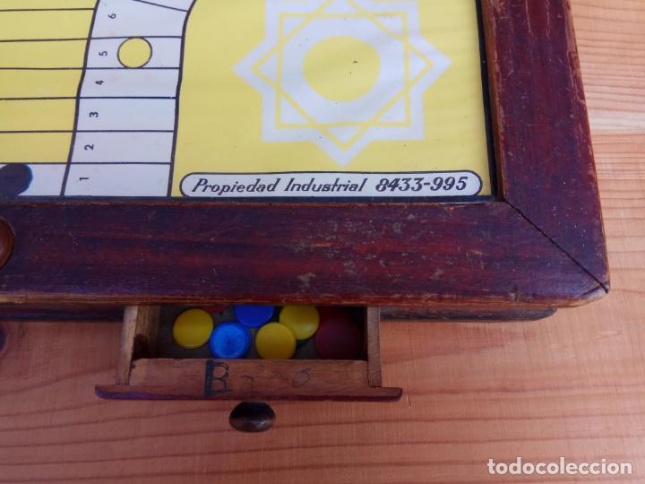 Juegos de mesa: ANTIGUO PARCHIS DE BOTON MARCA REGISTRADA RIM FUNCIONANDO - Foto 3 - 194294353