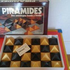 Juegos de mesa: JUEGO DE ESTRATEGIA PIRÁMIDES.GEYPER 70S.NUEVO EN CAJA.. Lote 194920710