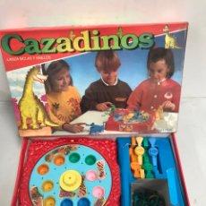 Juegos de mesa: CAZADINOS. Lote 195133341