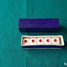 Juegos de mesa: DADOS DE POKER CAJA DE CARTON. Lote 195304598