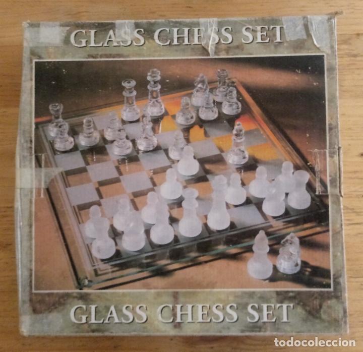 GLASS CHESS SET - JUEGO AJEDREZ DE VIDRIO (Juguetes - Juegos - Juegos de Mesa)