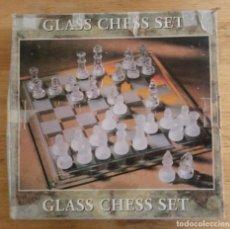 Juegos de mesa: GLASS CHESS SET - JUEGO AJEDREZ DE VIDRIO. Lote 195373100