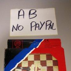 Juegos de mesa: JUEGOS MAGNÉTICOS MARIGO BARCELONA DAMAS CON CAJA. Lote 196123890