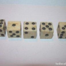 Juegos de mesa: MUY ANTIGUOS DADOS DE HUESO...BUEN ESTADO DE CONSERVACION.. Lote 196963496