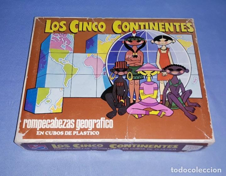 ANTIGUO PUZZLE ROMPECABEZAS EN CUBOS LOS CINCO CONTINENTES DE DALMAU CARLES PLA COMPLETO (Juguetes - Juegos - Juegos de Mesa)