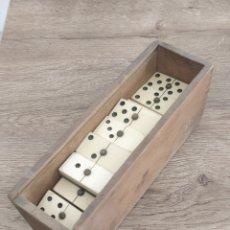Juegos de mesa: ANTIGUO JUEGO DOMINO COMPLETO. Lote 199114300