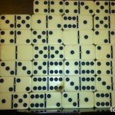 Juegos de mesa: JUEGO DE DOMINÓ, 27 PIEZAS Y CAJA.. Lote 200294475