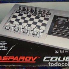 Juegos de mesa: AJEDREZ ELECTRÓNICO KASPAROV COUGAR. Lote 200869420