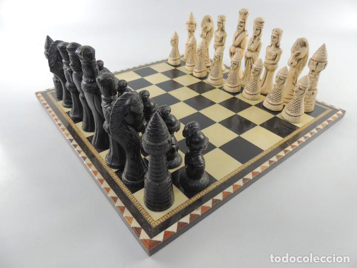 ANTIGUO AJEDREZ - MADERA TARACEA- MARQUETERIA - FICHAS DE MADERA (Juguetes - Juegos - Juegos de Mesa)