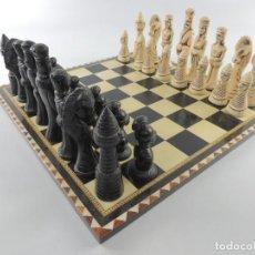 Juegos de mesa: ANTIGUO AJEDREZ - MADERA TARACEA- MARQUETERIA - FICHAS DE MADERA. Lote 204433407