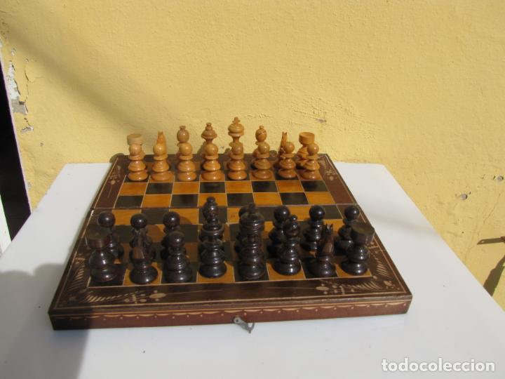 Juegos de mesa: 7- Ajedrez madera completo. Caja plegable tablero. - Foto 10 - 204522537