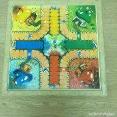 Juegos de mesa: TABLERO DEL JUEGO DEL PARCHIS DE LOS PITUFOS. Lote 207127246