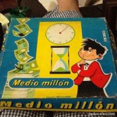 Juegos de mesa: JUEGO MEDIO MILLÓN SEGÚN FOTOS. Lote 209632735