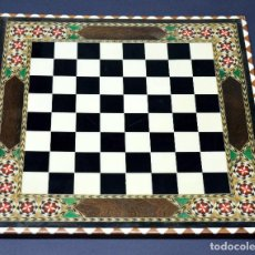 Juegos de mesa: TABLERO AJEDREZ DE TARACEA 40CMX40CM VER FOTOGRAFIAS. Lote 210562921