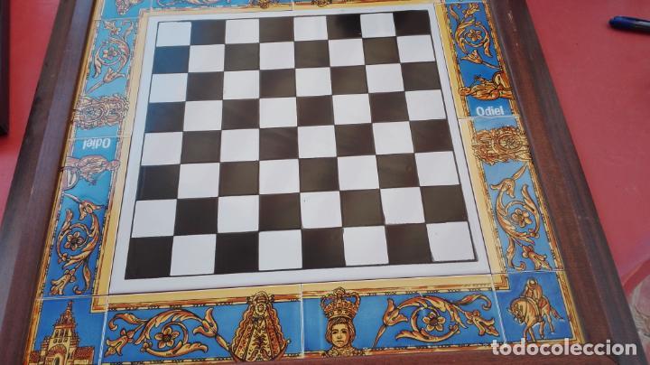 Juegos de mesa: AJEDREZ - TABLERO AZULEJOS MOTIVOS DEL ROCÍO + PIEZAS EN MÁRMOL + ESTUCHE - VER FOTOS. - Foto 5 - 211656908