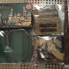 Juegos de mesa: HARRY POTTER 3D HOGWARTS SCHOOL OF WITCHCRAFT WIZARDRY BUILDING CARD - JUEGO DE MESA--HH. Lote 212572571