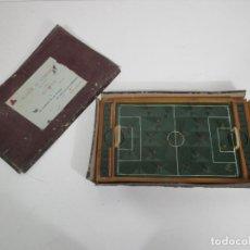 Juegos de mesa: JUEGO FÚTBOL SOBREMESA - TIPO INFANTIL - E. SANCHIZ BUENO - FUTBOLÍN - CON CAJA - AÑOS 40. Lote 213129708