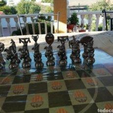 Juegos de mesa: JUEGO DE AJEDREZ UEFA CHAMPIONS LEAGE. Lote 213939986