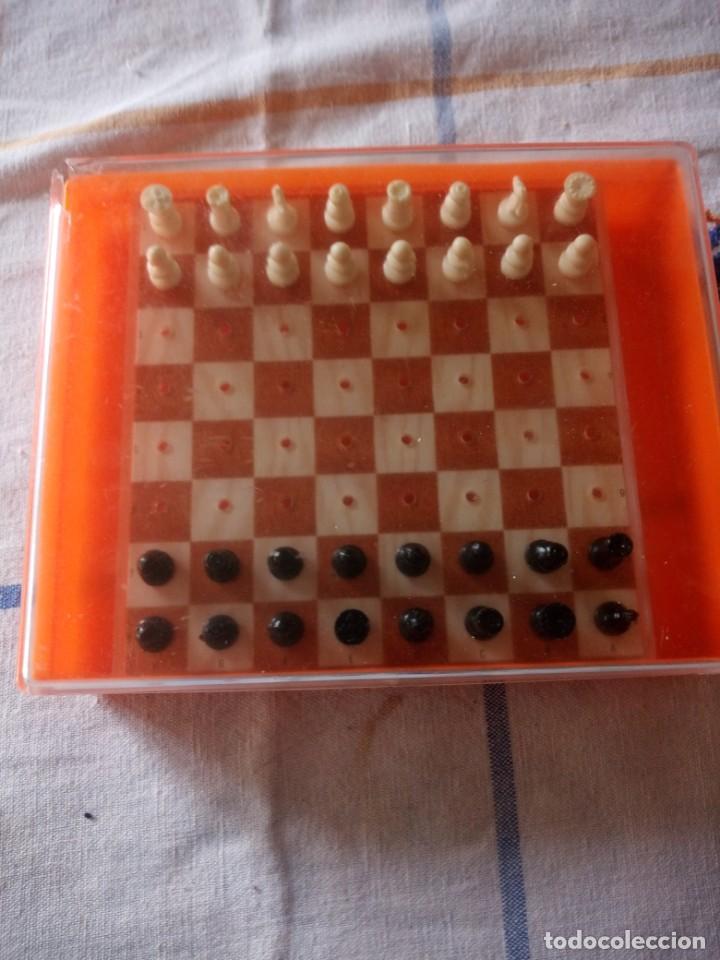 Juegos de mesa: Antiguo ajedrez de viaje,pvc. - Foto 2 - 217764573
