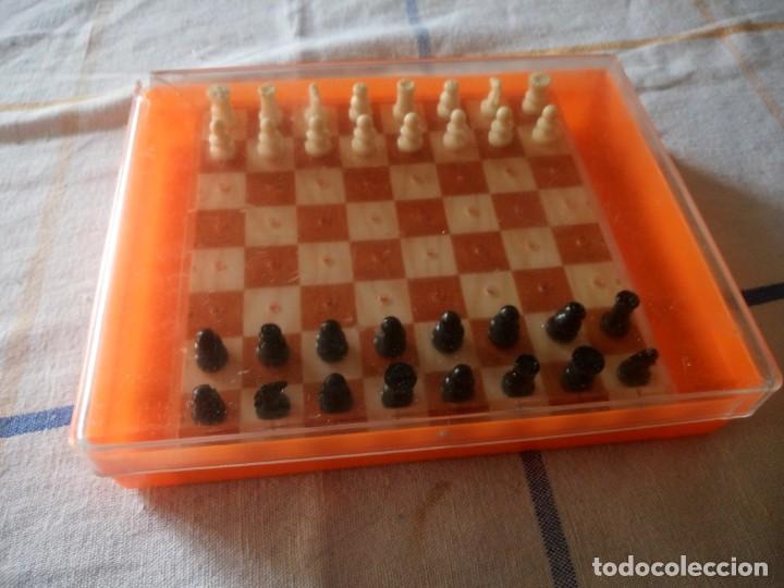 Juegos de mesa: Antiguo ajedrez de viaje,pvc. - Foto 3 - 217764573