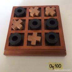Juegos de mesa: JUEGO TRES EN RAYA. Lote 221252438