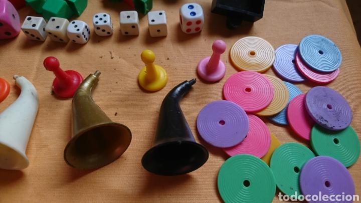 Juegos de mesa: Lote 136,fichas,figuras,de viejos juegos de mesa, uno party y co - Foto 3 - 221691351