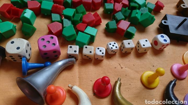 Juegos de mesa: Lote 136,fichas,figuras,de viejos juegos de mesa, uno party y co - Foto 7 - 221691351