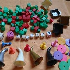 Juegos de mesa: LOTE 136,FICHAS,FIGURAS,DE VIEJOS JUEGOS DE MESA, UNO PARTY Y CO. Lote 221691351