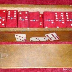 Juegos de mesa: DOMINÓ. JUEGO DE MESA. MADERA TEÑIDA. ESPAÑA. CIRCA 1930. Lote 222336898
