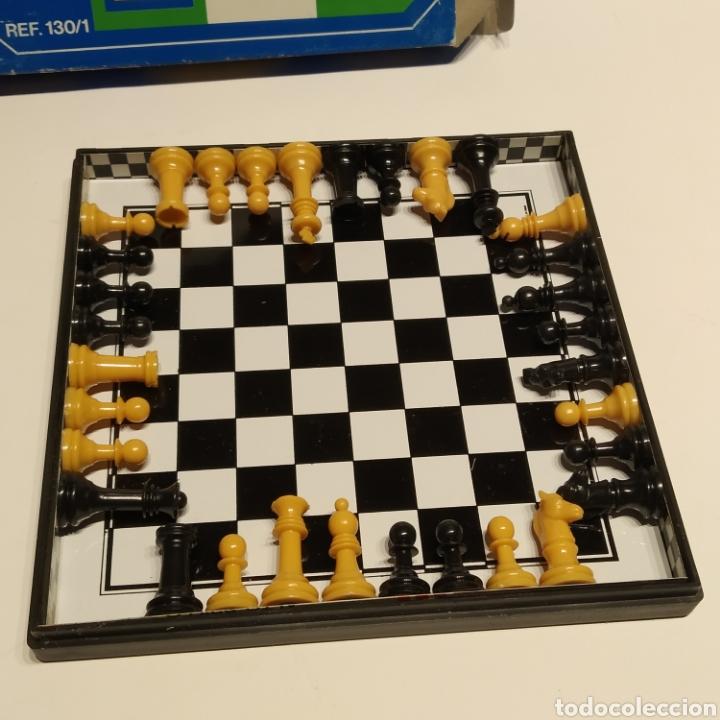 Juegos de mesa: Antiguo ajedrez magnético de viaje de la marca Marigó, referencia 130/1, años 70, nuevo a estrenar - Foto 2 - 222715327