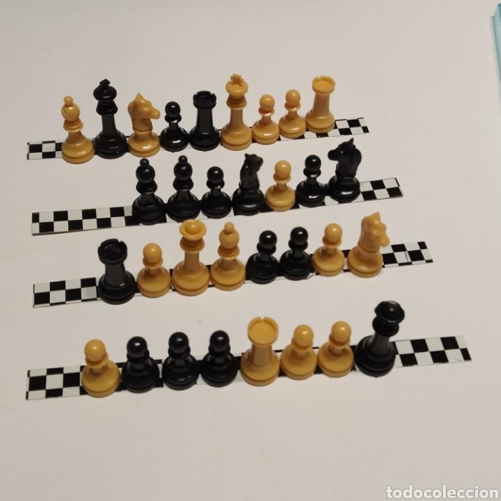 Juegos de mesa: Antiguo ajedrez magnético de viaje de la marca Marigó, referencia 130/1, años 70, nuevo a estrenar - Foto 3 - 222715327