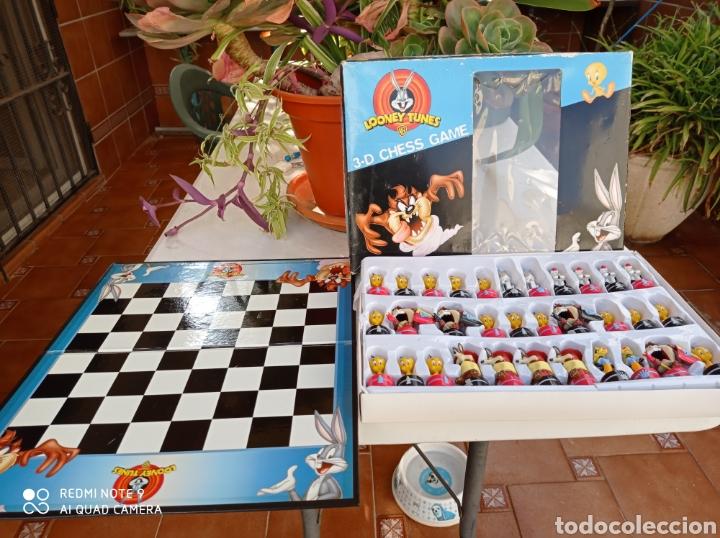 AJEDREZ 3D CHES GAME WARNER BROS (Juguetes - Juegos - Juegos de Mesa)