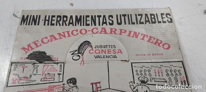 Juegos de mesa: ANTIGUO JUEGO DE MINI HERRAMIENTAS UTILIZABLES MECANICO CARPINTERO CONESA - Foto 2 - 226795940