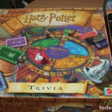 Juegos de mesa: JUEGO HARRY POTTER TRIVIA PIEDRA FILOSOFAL MATTEL. Lote 228498305