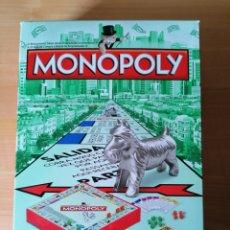 Juegos de mesa: MONOPOLY CLASSICO, AHORA PORTÁTIL , NUEVO SIN HUSAR. Lote 231450750