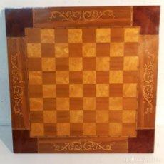 Juegos de mesa: TABLERO DE AJEDREZ CON TRABAJO DE TARACEA.. Lote 231497240