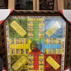 Juegos de mesa: ANTIGUO Y CURIOSO PARCHIS DE VALENCIA 47X47CM. Lote 233497670