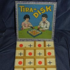 Juegos de mesa: (M) JUEGO DE MESA TIRA-DISK AÑOS 20, 18,5X18,5CM, TIENE UNA TROZO DE PALO ROTO. Lote 234660045