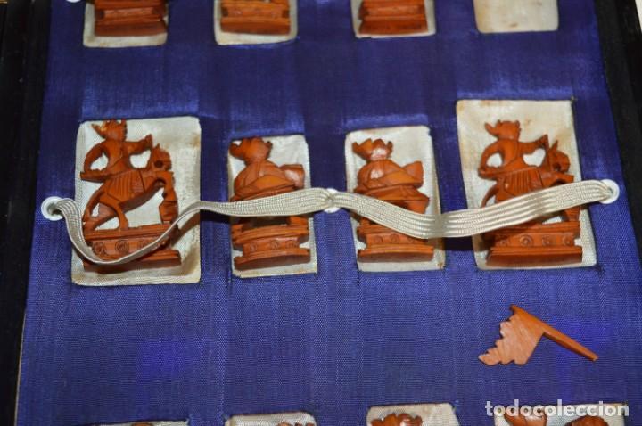 Juegos de mesa: Antiguo ESTUCHE/CAJA AJEDREZ / Piezas en hueso o similar, talladas cada una a mano ¡Precioso, MIRA! - Foto 5 - 240083890