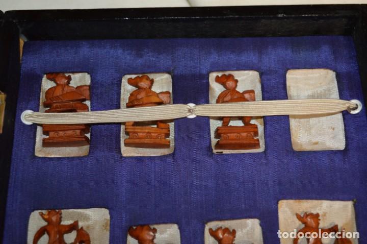 Juegos de mesa: Antiguo ESTUCHE/CAJA AJEDREZ / Piezas en hueso o similar, talladas cada una a mano ¡Precioso, MIRA! - Foto 6 - 240083890